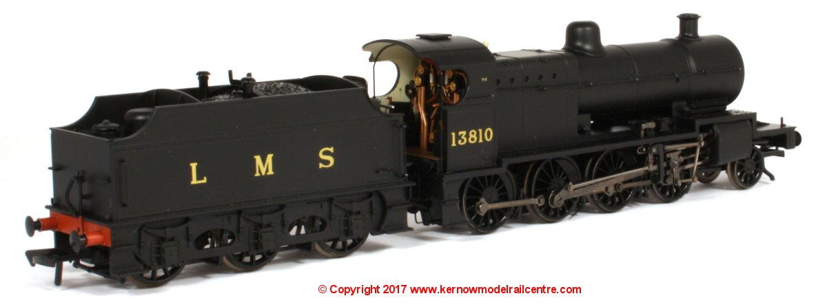 31-015 Bachmann Class 7F 2-8-0 Steam Locomotive number 13810 in LMS Plain Black livery