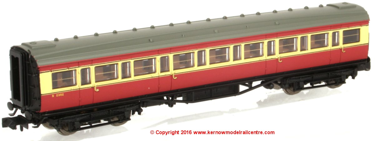 2P-012-701 Dapol Maunsell Corridor 3rd Class Coach number S2353 in BR Crimson and Cream livery