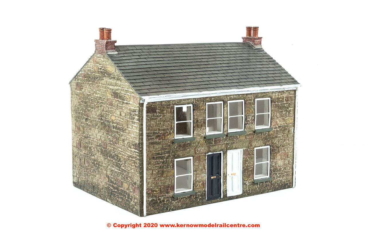44-125Z Bachmann Scenecraft Cornish Terraced Cottages