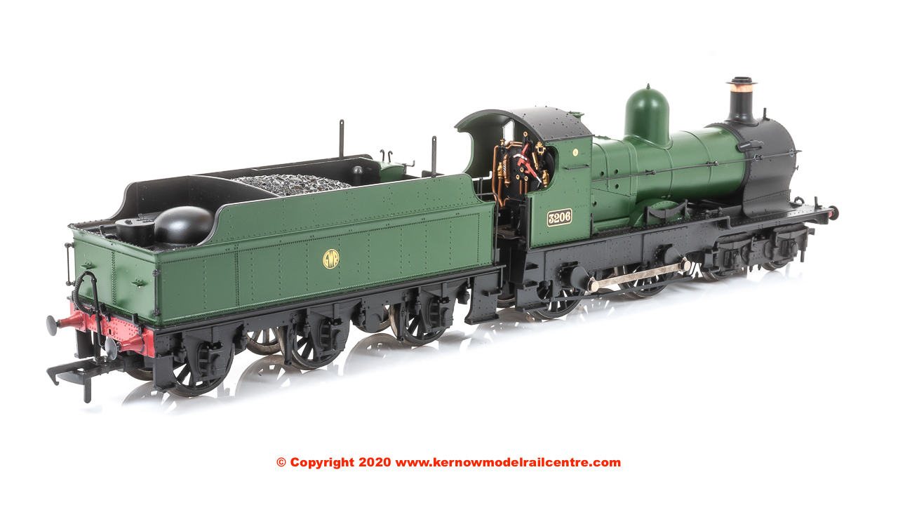 "31-090DS Bachmann 3200 Earl Class Steam Locomotive number 3206 named ""Earl of Plymouth"" in GWR Green livery with Shirtbutton emblem"