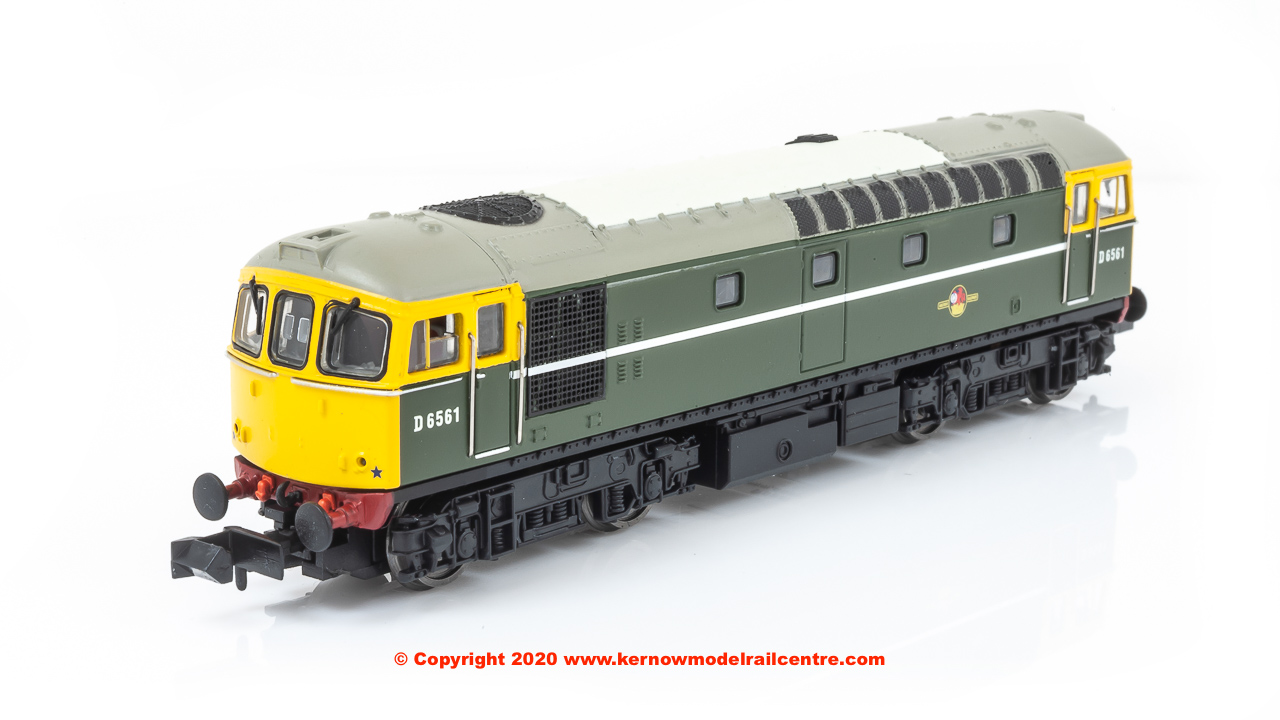 2D-001-008 Dapol Class 33/0 Diesel Locomotive number D6561 in BR Green livery with yellow front
