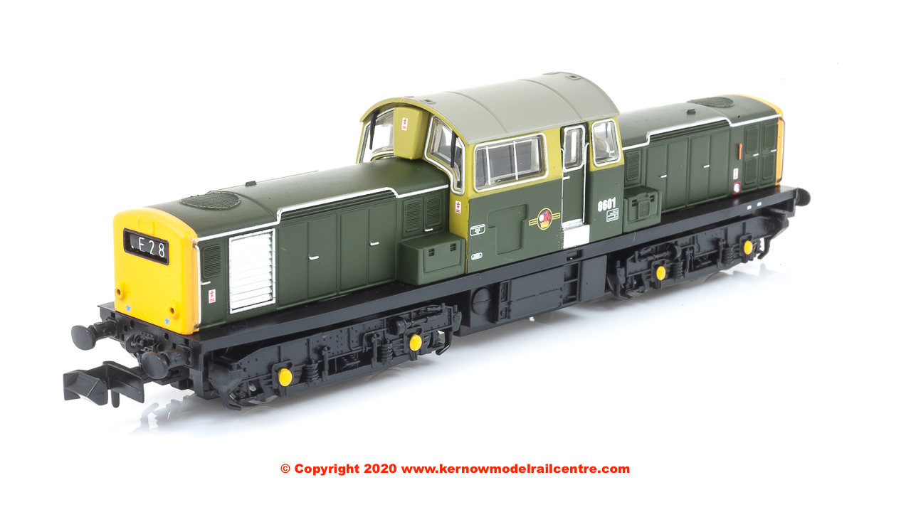 E84504 Class 17 Diesel Locomotive number 8601 in BR Green livery with full yellow ends