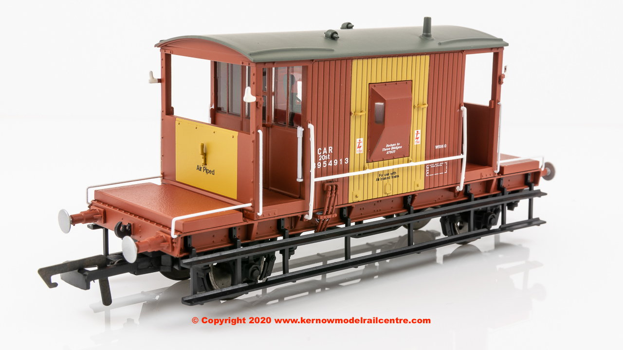 R6985 Hornby Dia. 1/507 20T Brake Van number B954913 in BR Brown livery - Era 7