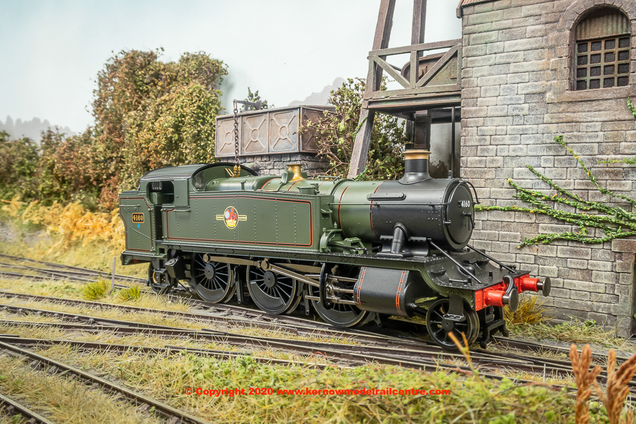 R3725X Hornby GWR Class 5101 2-6-2T Large Prairie Steam Locomotive number 4160 in BR Green livery with Late Crest