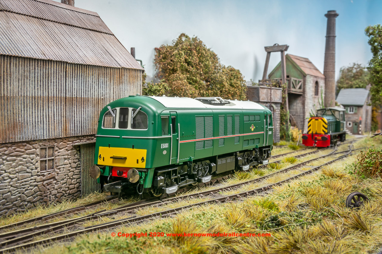 R3373 Hornby Class 71 Electric Locomotive number E5001 BR Green image