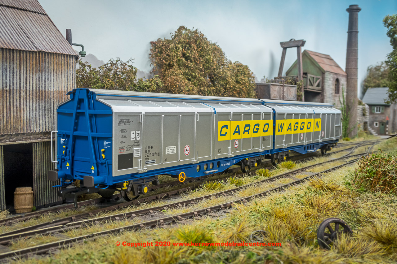 SB008G Revolution Trains IZA Cargowaggon Twin number 2380 2929 007-5 in revised livery