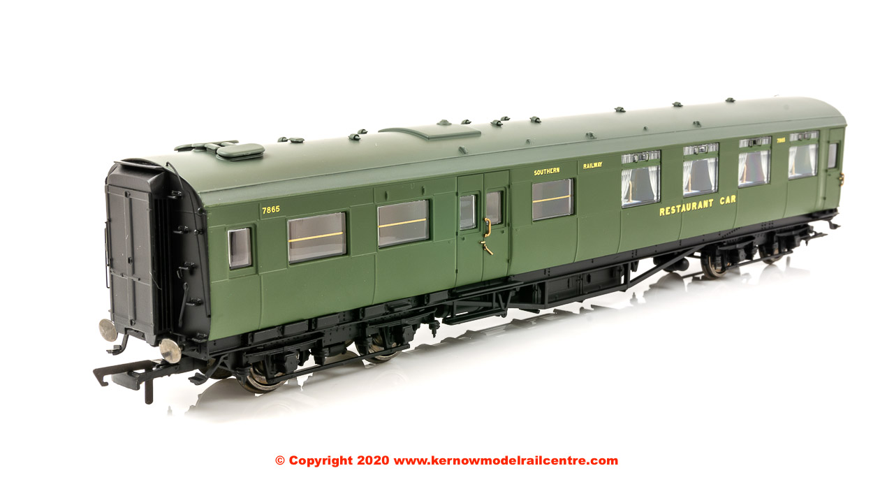 R4816A Hornby Maunsell Kitchen Dining First Coach number 7865