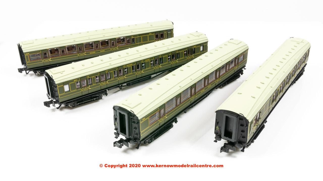 G2P-014-001 Dapol Maunsell High Window 4 Coach Set number 193 Image
