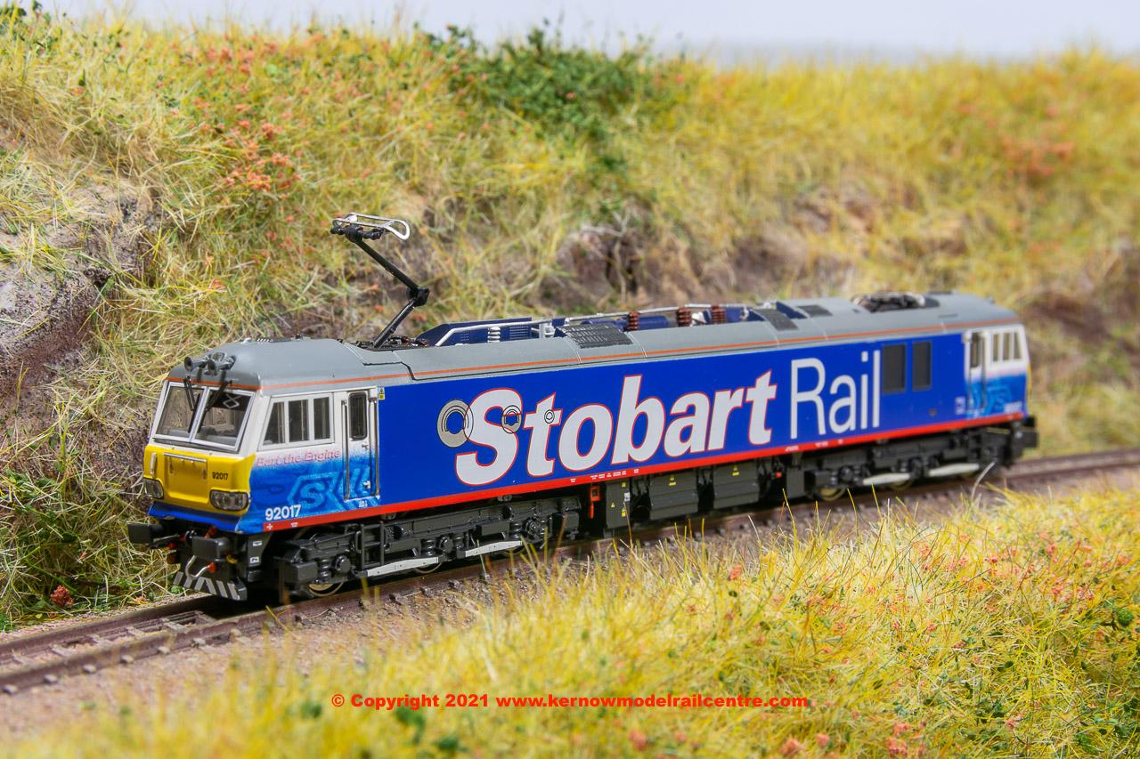 N23194 Revolution Trains Class 92 Electric Locomotive 92 017