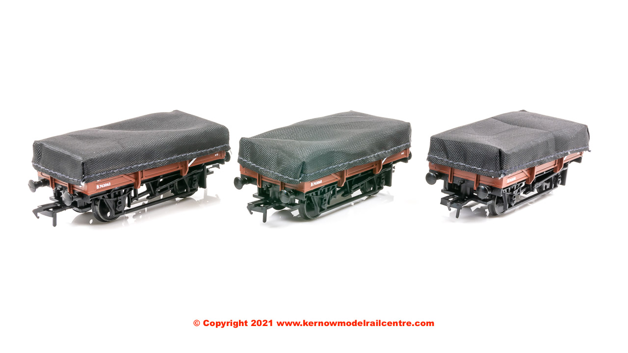 33-091 Bachmann 5 Plank China Clay 3-Wagon Pack BR Bauxite image