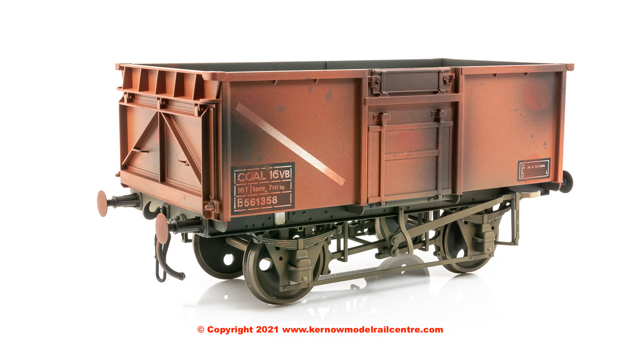 GM7410305 Dapol 16 Ton Mineral Wagon number 561358 - BR Bauxite - Weathered.