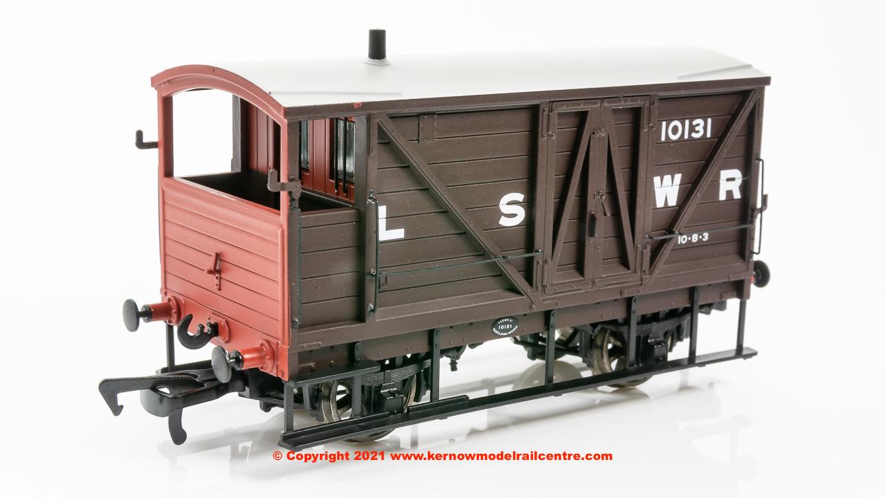 SB003B LSWR Road Van Image
