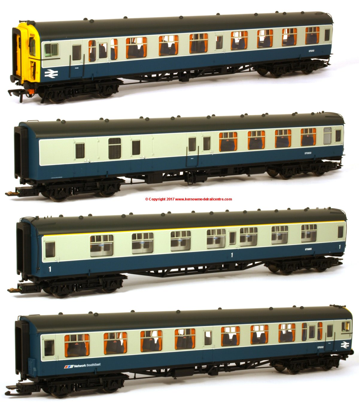 32-642Z Bachmann Class 438 4-TC Unit number 8022 in BR Blue and Grey livery