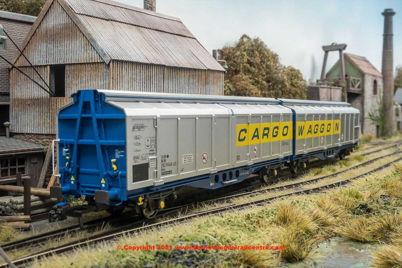 SB008I Revolution IZA Cargowaggon Image