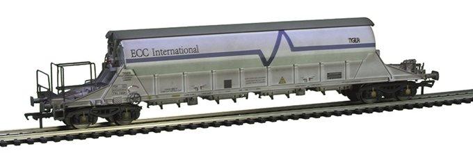 E87031 EFE Rail PBA TIGER China Clay Wagon number TRL 11624 wthd