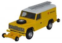 76ROR003 Oxford Diecast Landrover Defender Road-Railer in British Rail livery