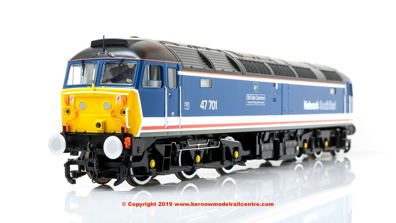 "31-657ZDS Bachmann Class 47 Diesel Locomotive number 47 701 named ""Old Oak Common"" in Revised NSE livery"
