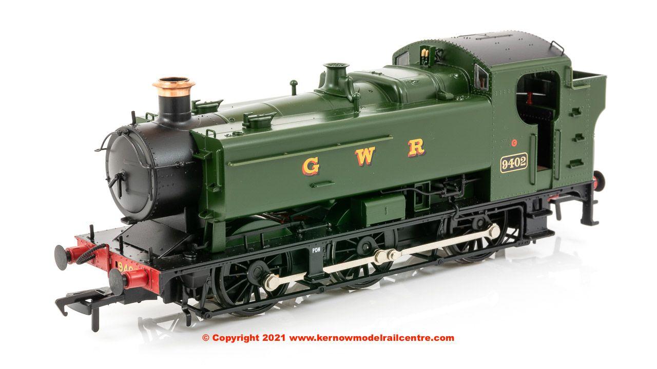 35-025 Bachmann Class 94XX Pannier Tank number 9402 in GWR Green