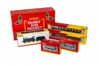 R30078 Hornby - Christmas Hamper Add on Pack