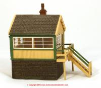 44-0042 Bachmann Scenecraft Timber and Stone Signal Box