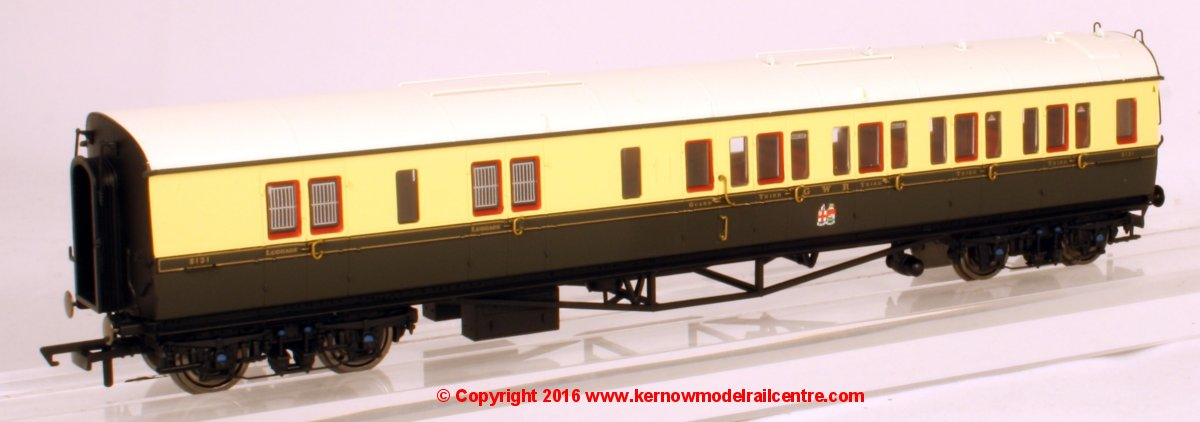 R4680 Hornby Collett GWR Brake Coach Image