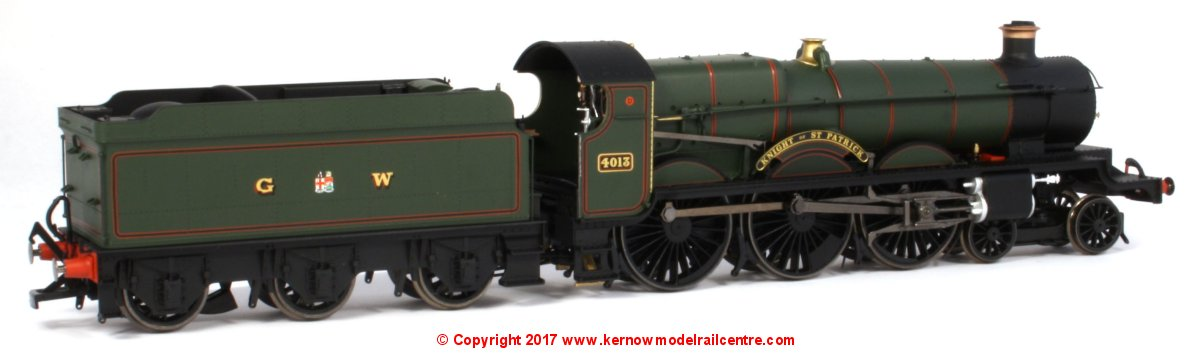 "R3455 Hornby GWR Star Class Steam Locomotive number 4013 named ""Knight of St Patrick"" in GWR Green livery"