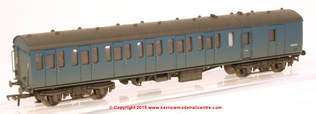 34-633 Bachmann BR Mk1 Suburban Second Brake Coach number E43190 in BR Blue livery with Weathered finish
