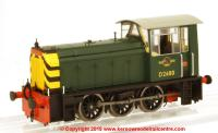 2521 Heljan Class 05 Diesel Shunter number D2600 in BR Green livery with wasp stripes
