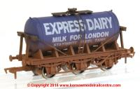4F-031-018 Dapol Milk Tanker in Express Dairy livery with weathered finish