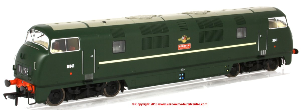 "32-069 Bachmann Class 43 Warship Diesel Locomotive number D841 named ""Roebuck"" in BR Green livery"