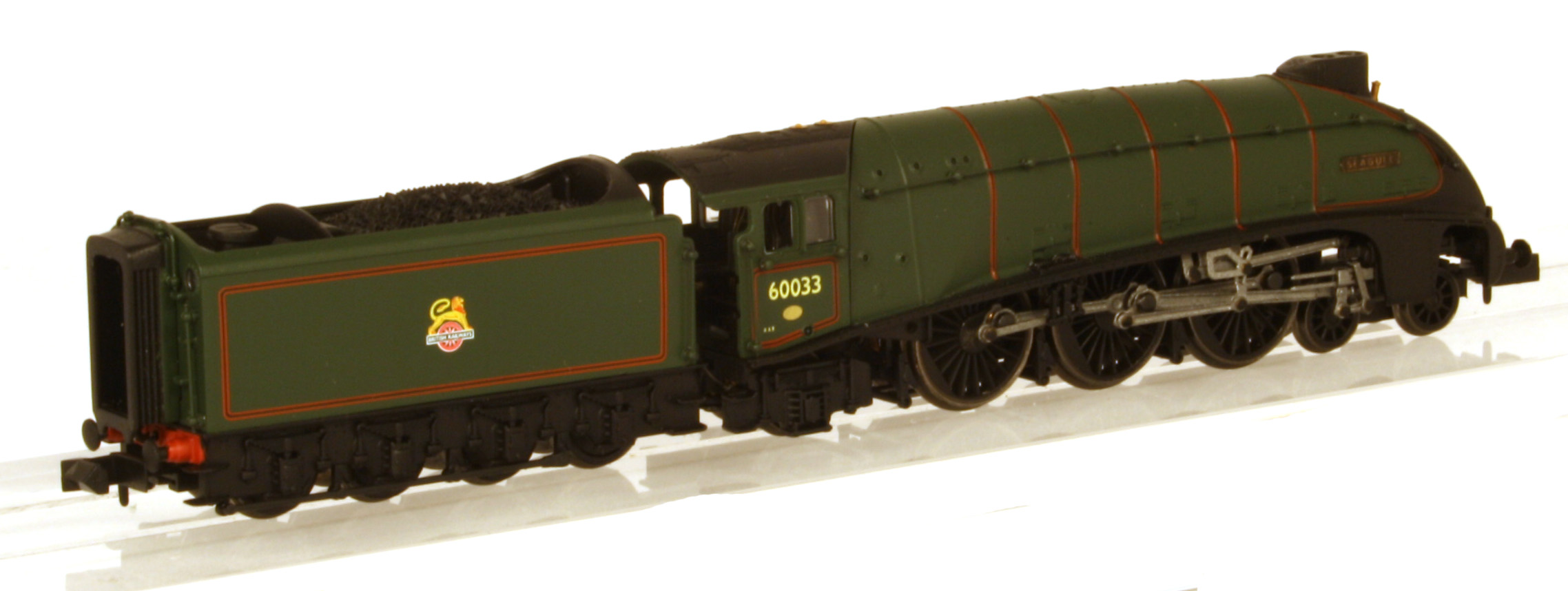 "2S-008-007D Dapol A4 Steam Locomotive number 60033 named ""Seagull"" in BR Green livery with early emblem"