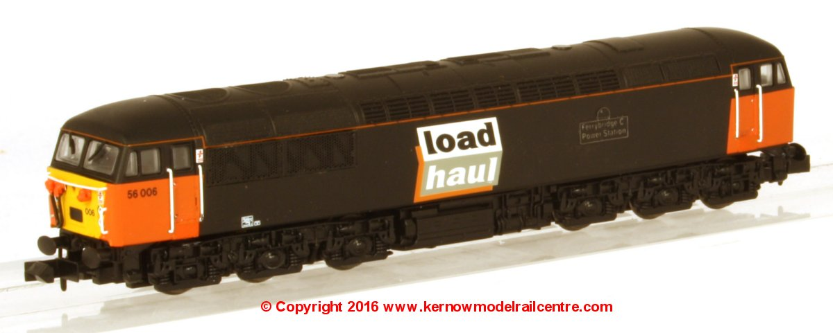 2D-004-000 Dapol Class 56 Diesel Locomotive number 56 006 in Loadhaul livery