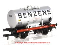 38-775 Bachmann Class A 14 Ton Anchor-Mounted Tank Wagon number 852 in Benzene livery