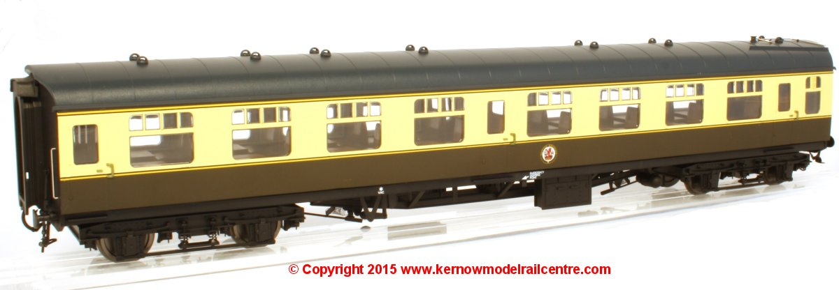 4913 Heljan BR Mk1 Second Open SO Coach in BR (WR) Chocolate & Cream livery
