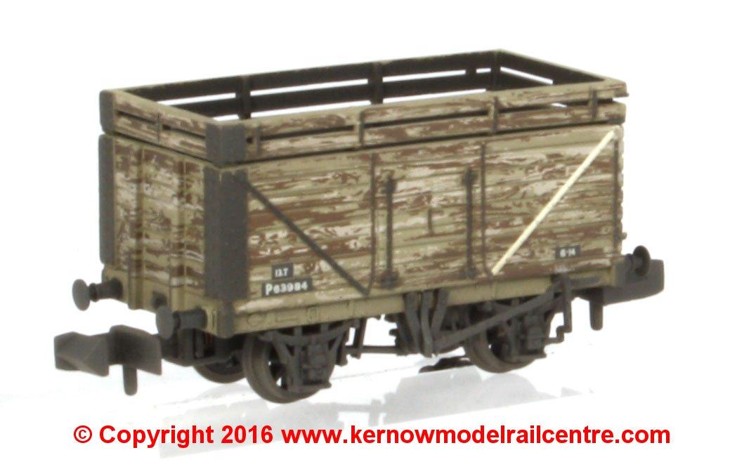 377-207 Graham Farish 8 Plank Wagon Image