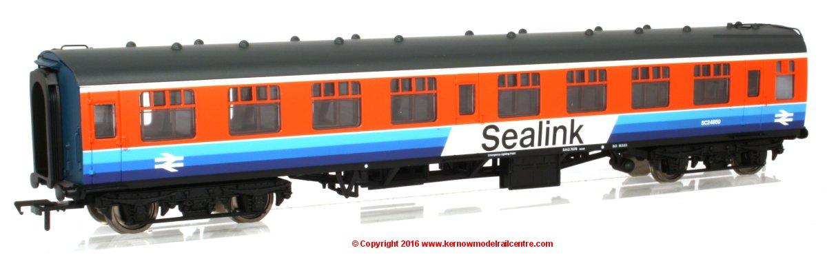 39-032 Bachmann Sealink Mk1 Coach Image