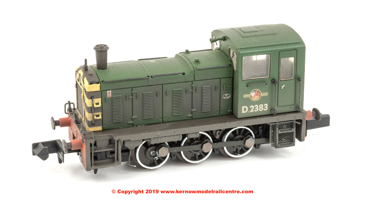 371-063 Graham Farish Class 03 Diesel Shunter number D2383 in BR Green livery with weathered finish