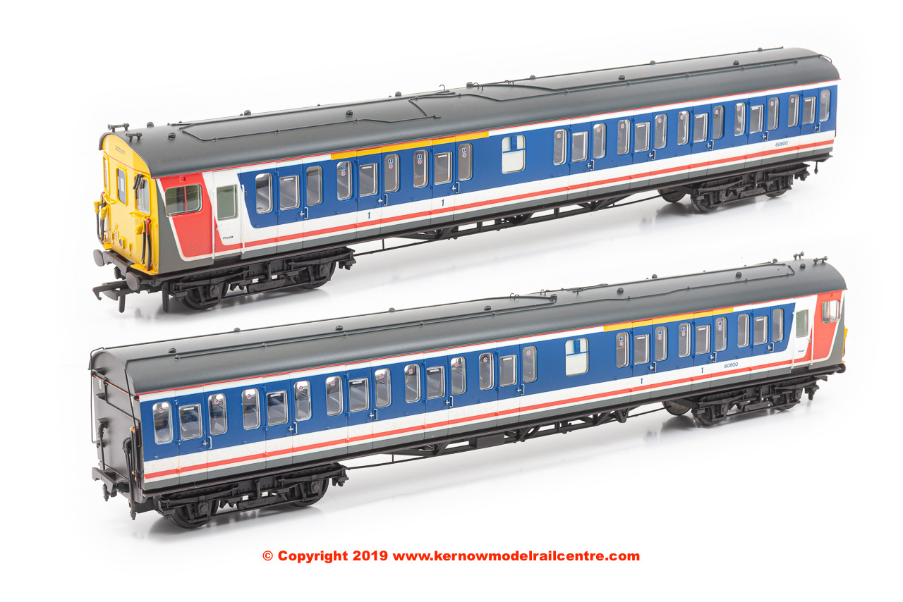 31-239A Bachmann Class 205 Thumper DEMU Set number 205 001 in Network SouthEast Revised livery with weathered finish