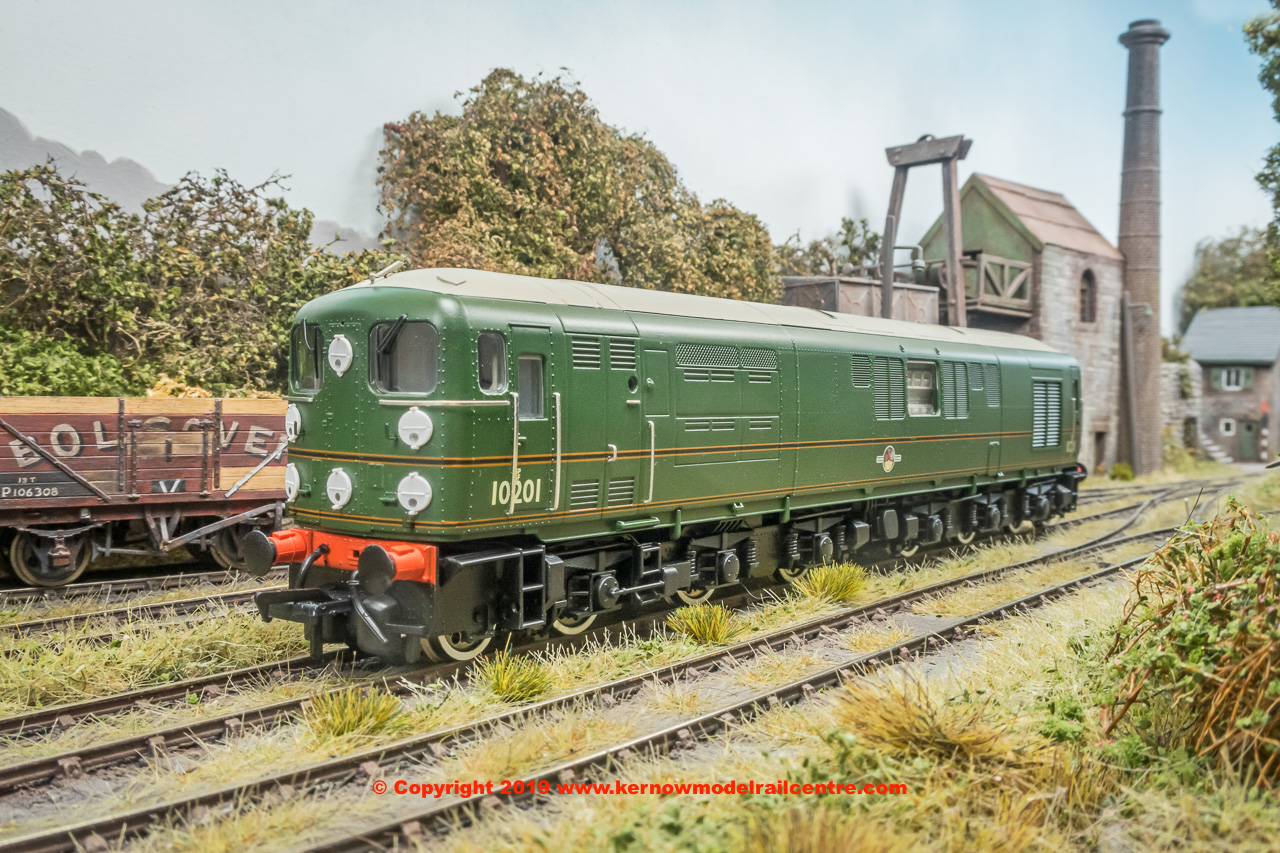 K2705 Bulleid 1-Co-Co-1 Diesel Locomotive number 10201 in BR Green livery with Late Crest (Grey roof)