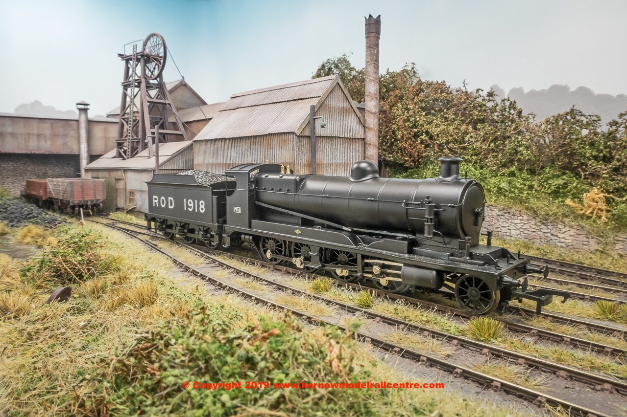 35-175 Bachmann Railway Operating Division (ROD) 2-8-0 Steam Locomotive number 1918 in War Department Black livery