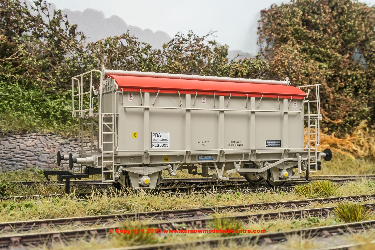 SB007E PRA 38 Tonne glw Covered Box Wagon number RLS6305 in early grey livery