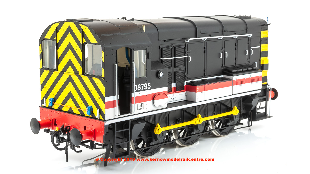 7D-008-014 Dapol Class 08 Diesel Locomotive number 08 795 in Intercity livery - Swansea