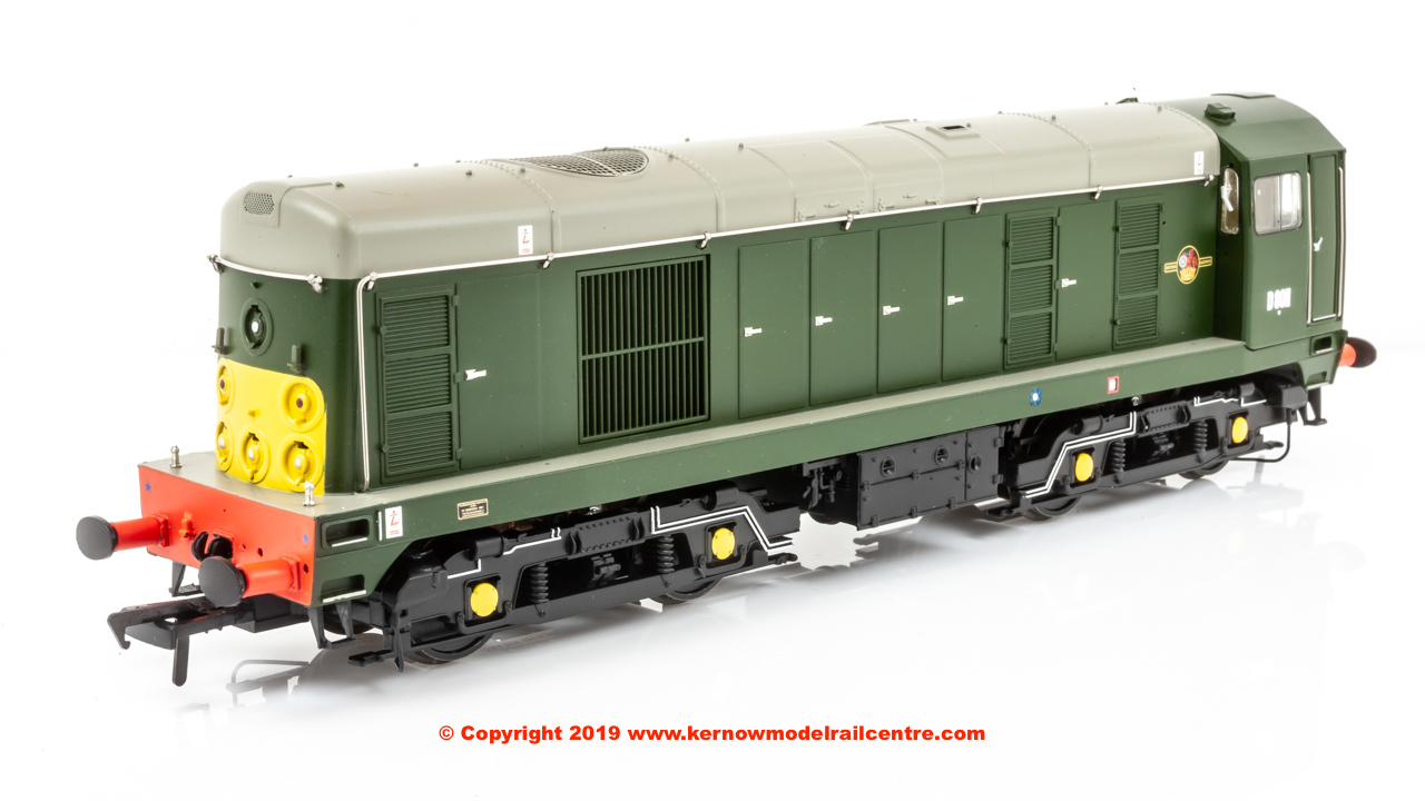 32-027B Bachmann Class 20 Diesel Locomotive number D8011 in BR Green livery with Small Yellow Panel