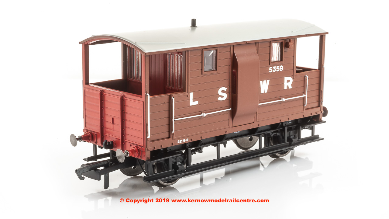 R6911A Hornby LSWR 20T 'New Van' Goods Brake Van number 5359 in LSWR Brown livery