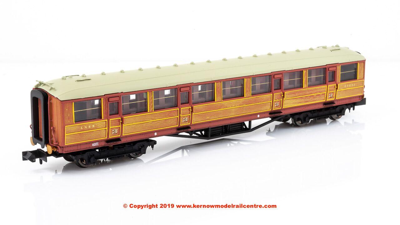 Dapol 2P-011-074 Gresley BR Maroon 2nd Class Coach E12032E N Gauge