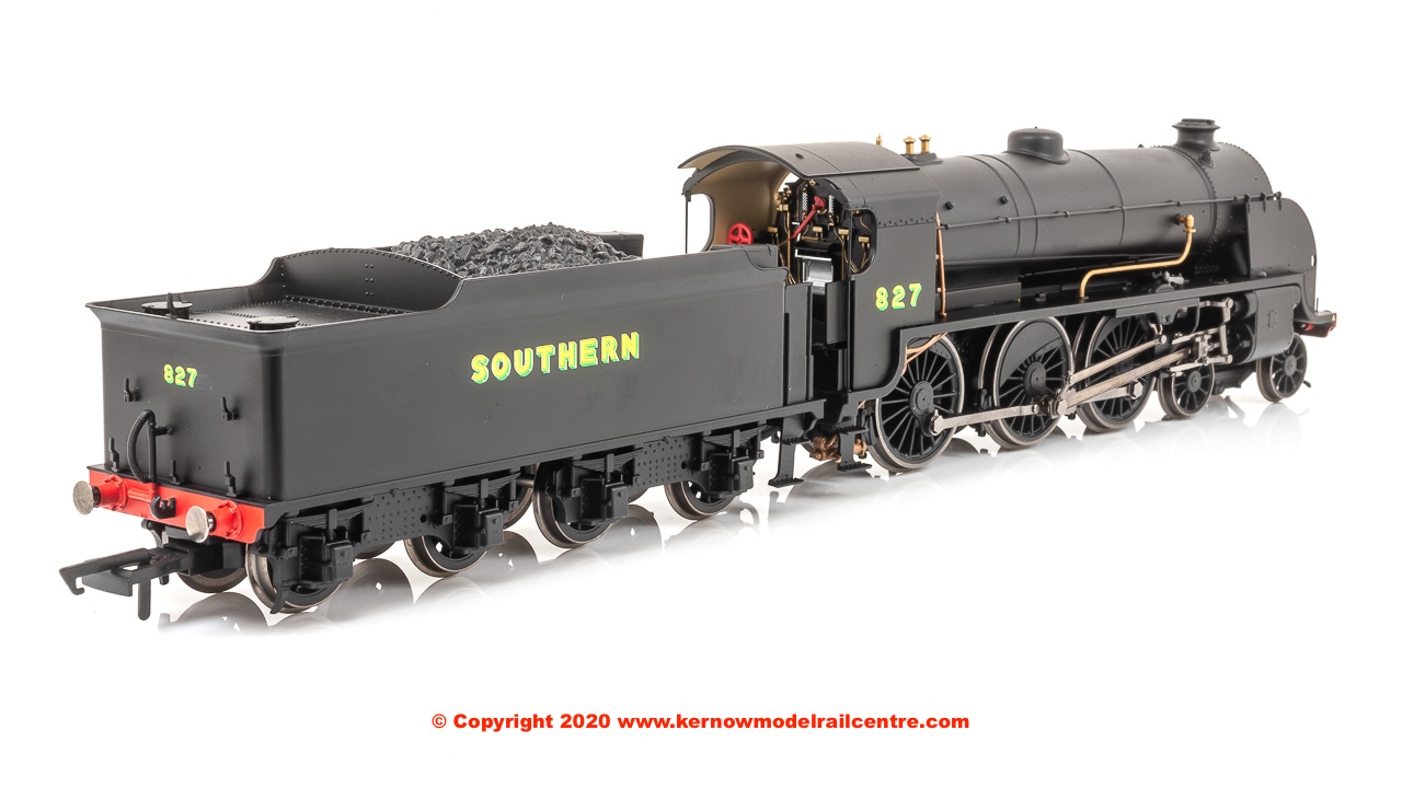 R3411 Hornby Maunsell S15 Class Steam Locomotive number 827 in Southern Black livery with Bulleid Sunshine lettering
