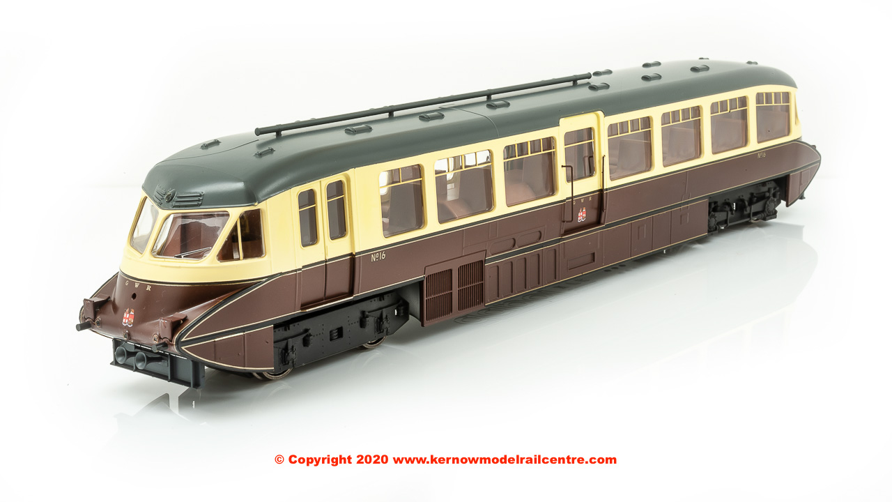 4D-011-009 Dapol Streamlined Railcar number 16 in GWR Lined Chocolate and Cream livery with Twin Cities crest
