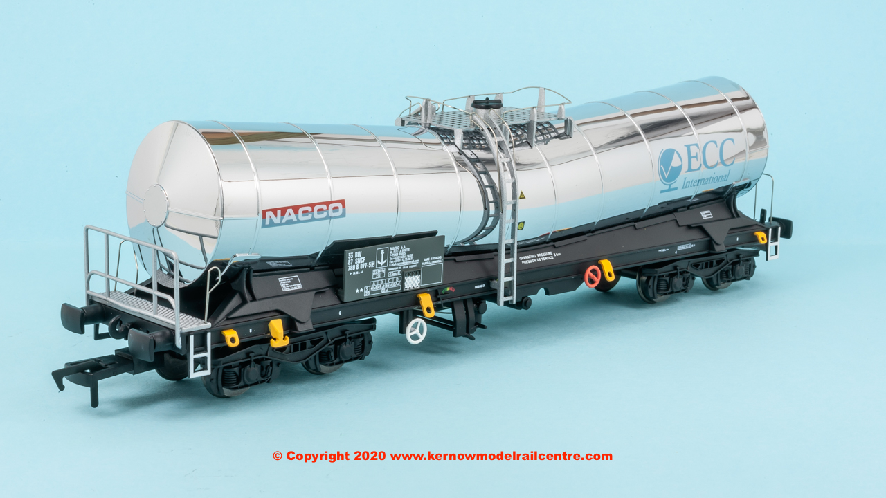 4F-027-013 Dapol Silver Bullet number 3387 7898 077-5 in ECC Nacco livery with pristine finish