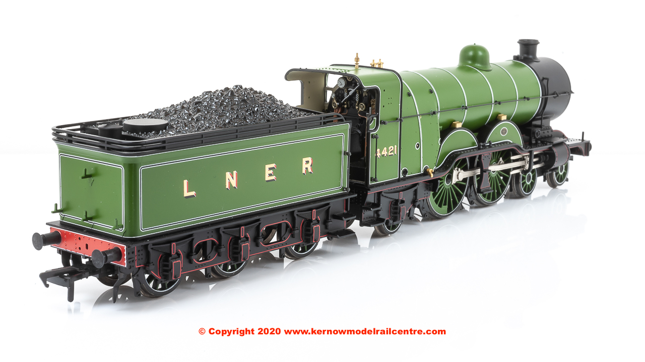 31-762 Bachmann GNR Class C1 4-4-2 Atlantic Steam Locomotive number 4421 in LNER Green livery