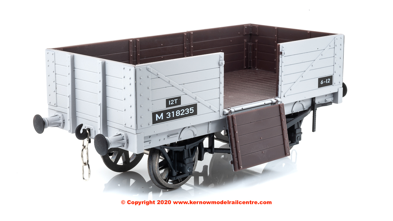 7F-051-054 Dapol 5 Plank Wagon number M318235 in BR Grey livery